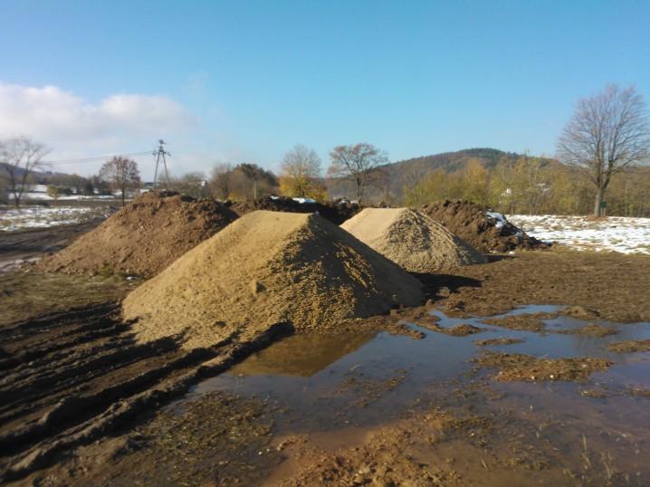 Pospółka i piasek do murowania